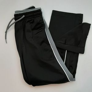Athletic Works jogger pants S/Ch (6-7)
